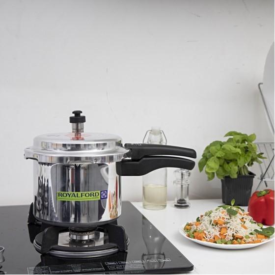 Royalford RF5801 Aluminium Pressure Cooker, 3L