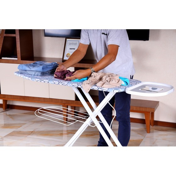 RoyalFord RF1968IB Mesh Ironing Board with Attached Cloth Rack, 122 x 38cm